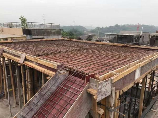 龙湖U城工程施工